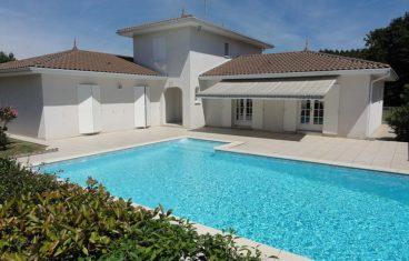Maison sur 1400 m² de terrain
